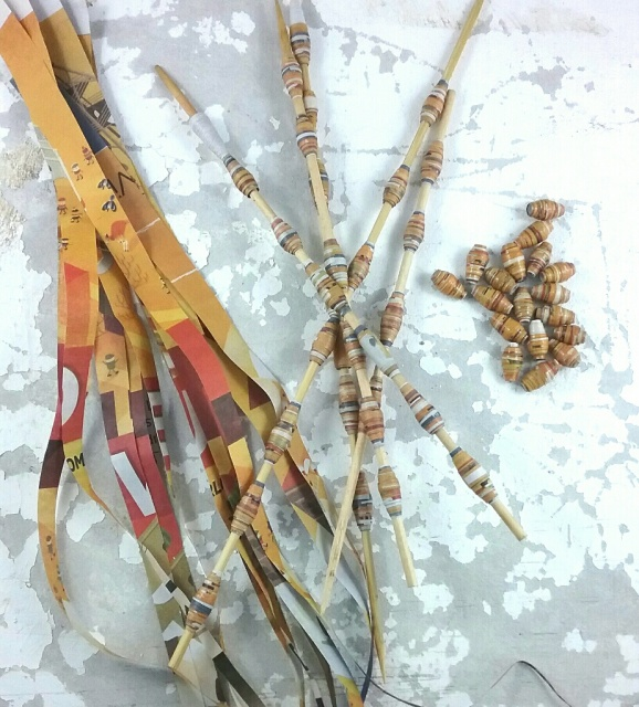 Dawn Whitehand Paper Beads