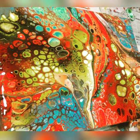 Sunday Studio Visit – Exhibitions & More AcrylicPouring